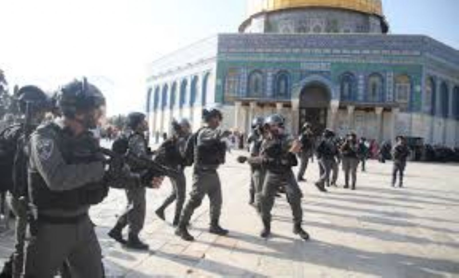 Israeli forces damage documents in Al-Aqsa Mosque raid