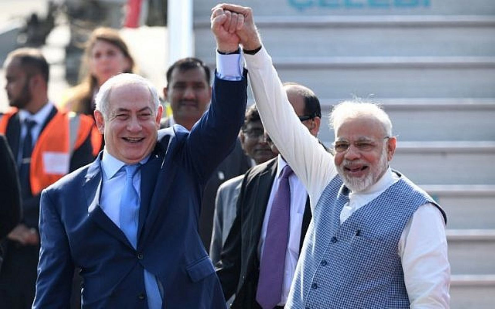 Netanyahu arrives in India, is greeted on tarmac by PM Modi