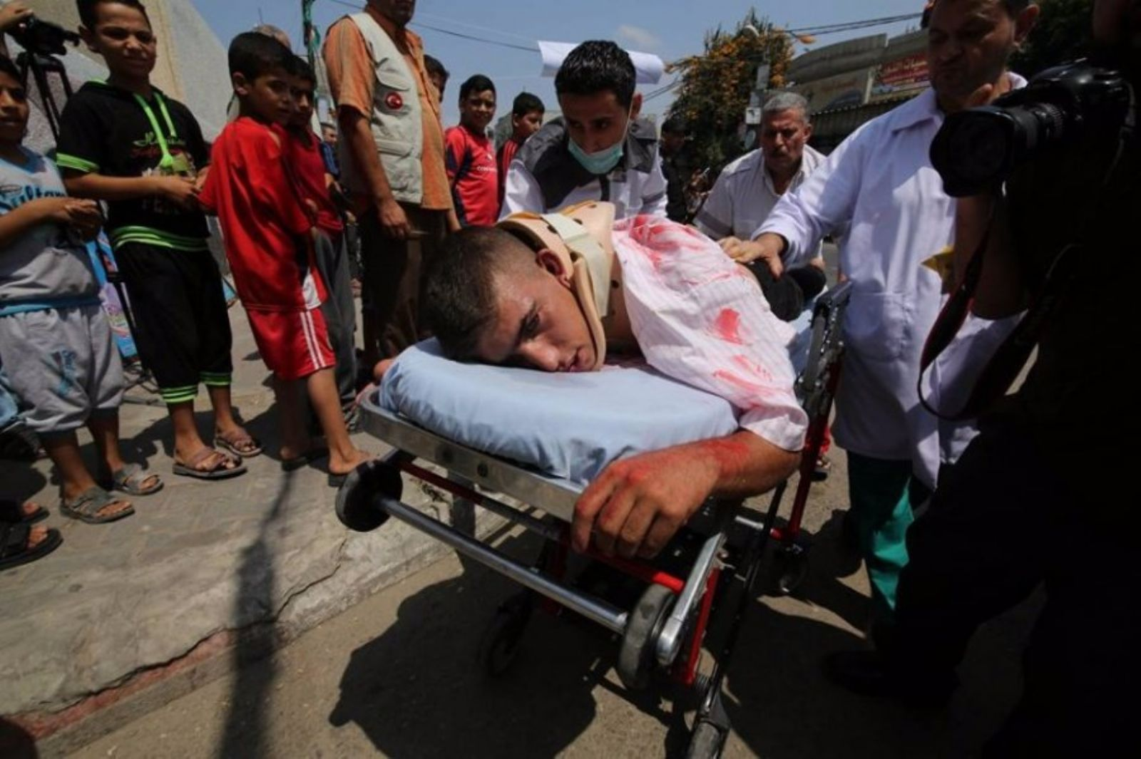 164 Palestinians wounded by Israeli forces in West Bank, Gaza Strip