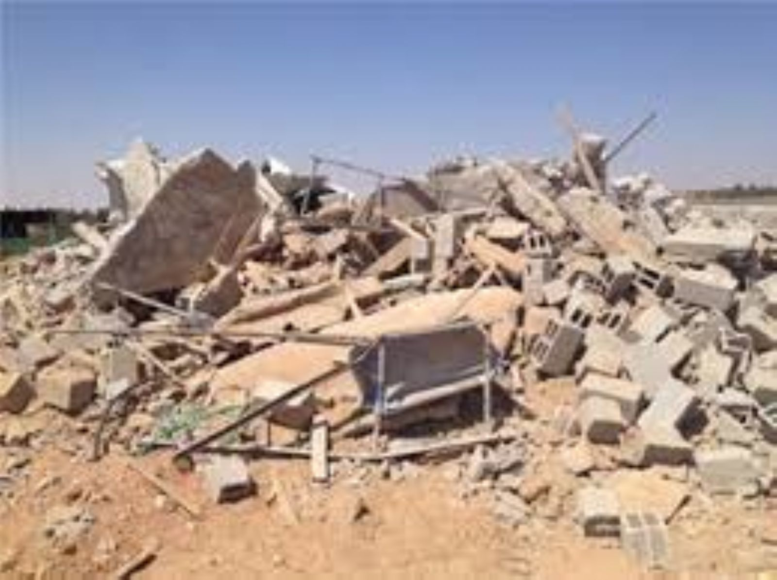 Israel demolishes Palestinian homes in Negev